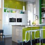 açık yeşil Renkli Mutfak Dolapları