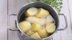 Göğüs Sıkılaştırıcı Patates Suyu Maskesi